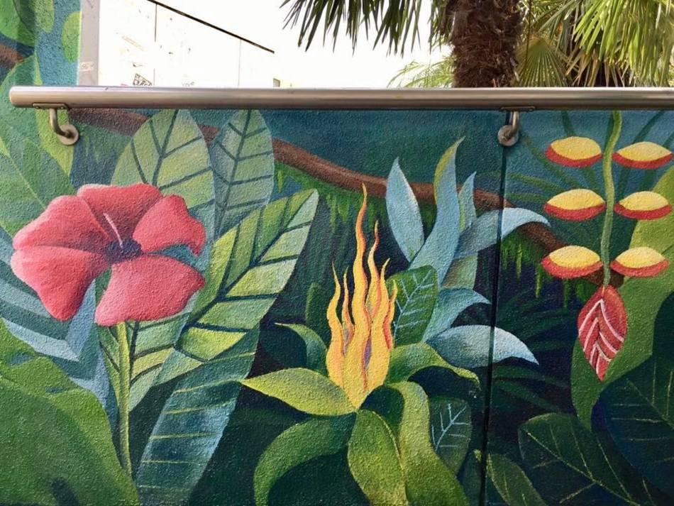 【香港好去處】17個香港壁畫打卡點─香港壁畫村、壁畫街、街頭藝術──香港街頭藝術──九龍塘行人天橋
