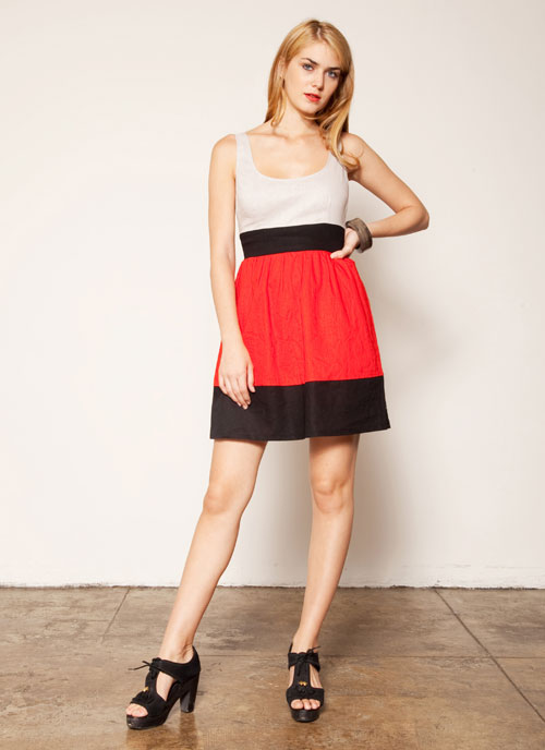 03abb3e60d95 The Vera Dress is a great color block combination of poppy red