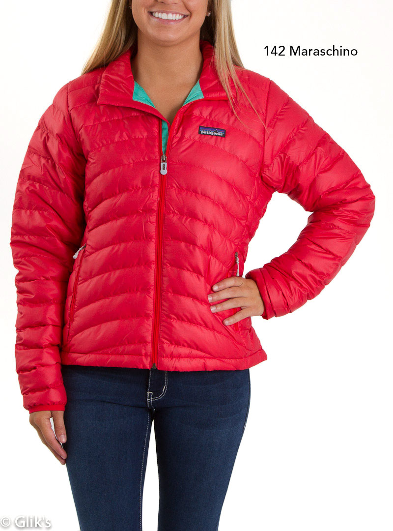 7b7314ffead31 The women s Down Sweater from Patagonia promises to be your wardrobe s new  cold weather favorite! This ultra light