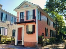 Little Pink House - Glimpses Of Charleston