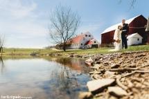 barn-at-glistening-pond-wedding-in-falls-pa25