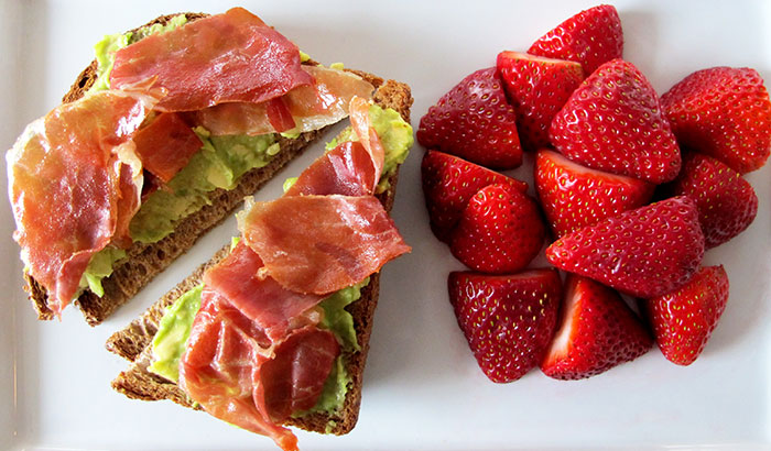 Avocado-and-Strawberries