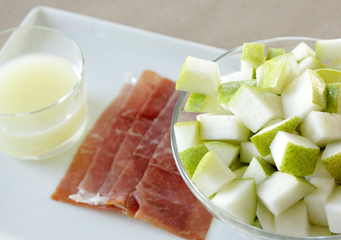 prosciutto-pear-cups-ingredients