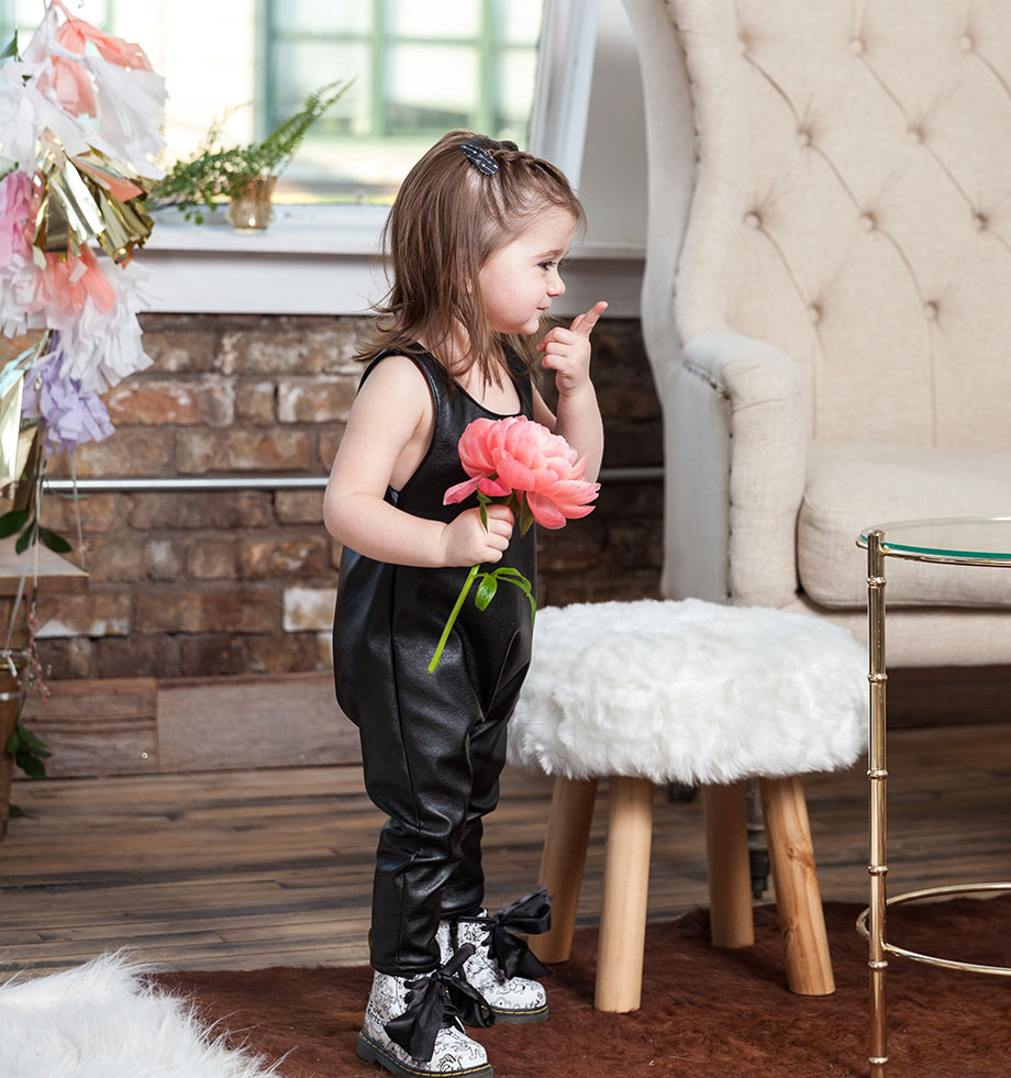This is a mother daughter fashion post by Glitter and Bubbles at the DL Loft in Chicago.