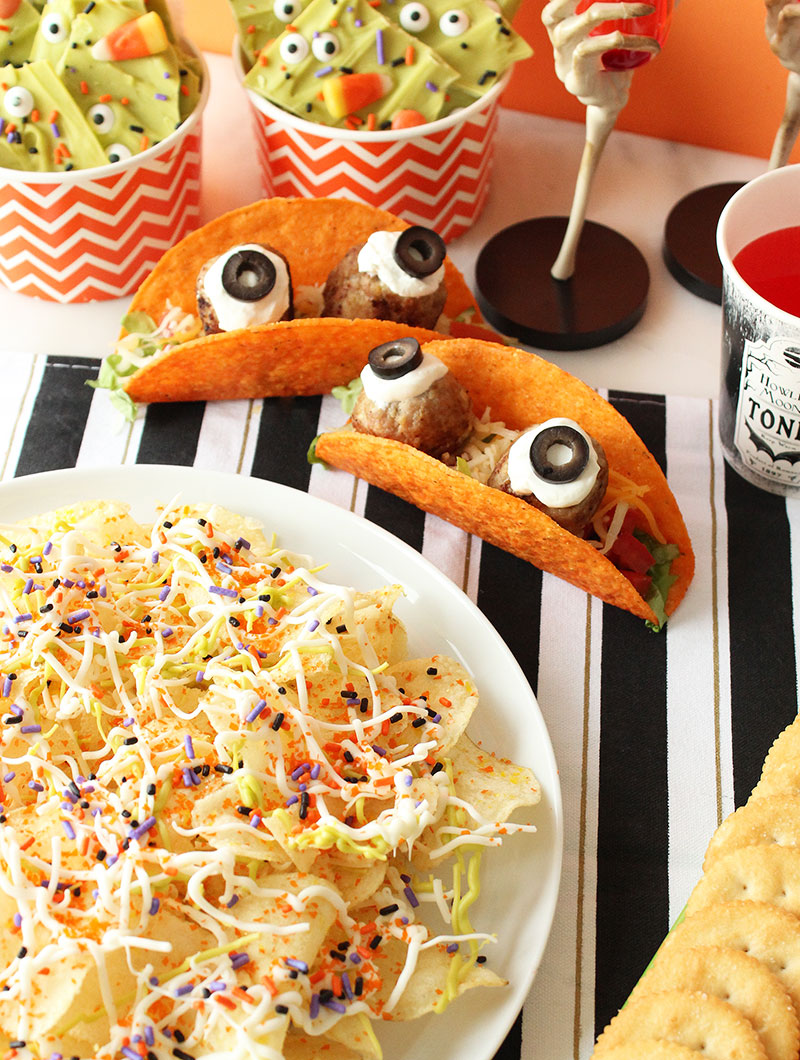 A special sneak peek at four scary good Halloween recipes on Glitter and Bubbles.