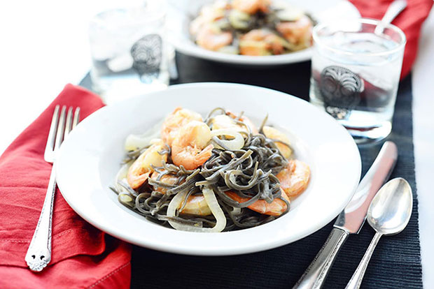 A recipe for Squid Ink Vampire Noodles with Shrimp.