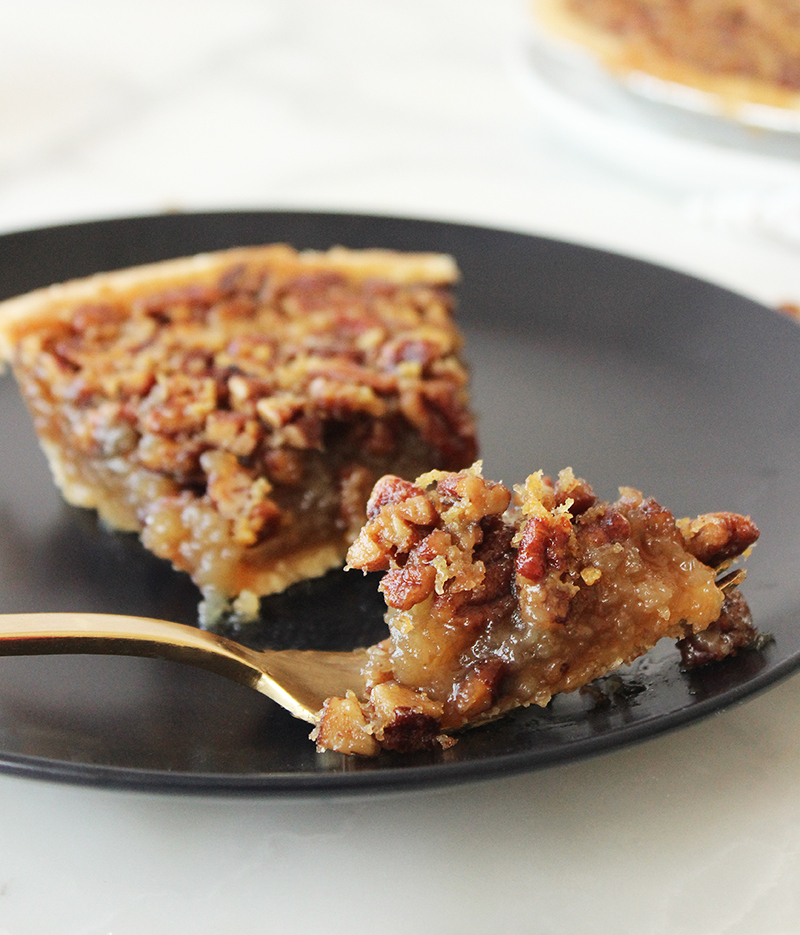 This is a delicious pecan pie recipe by Glitter and Bubbles.