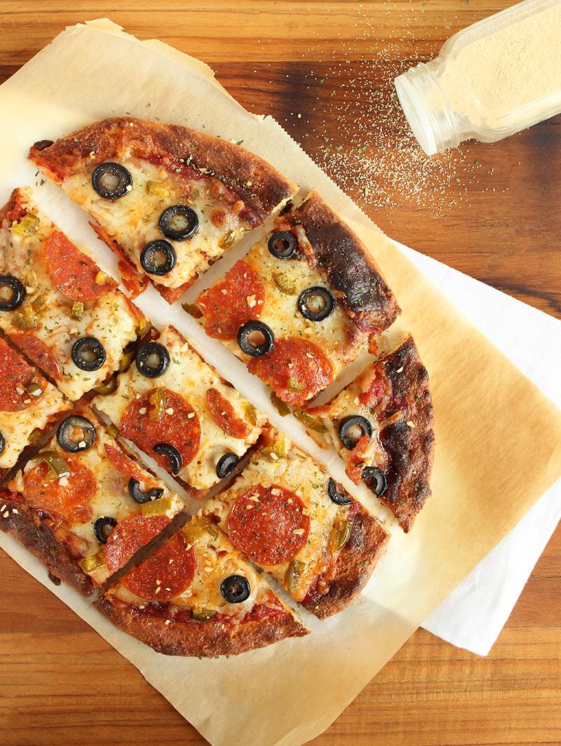 Garlic powder on keto diet fathead pizza.