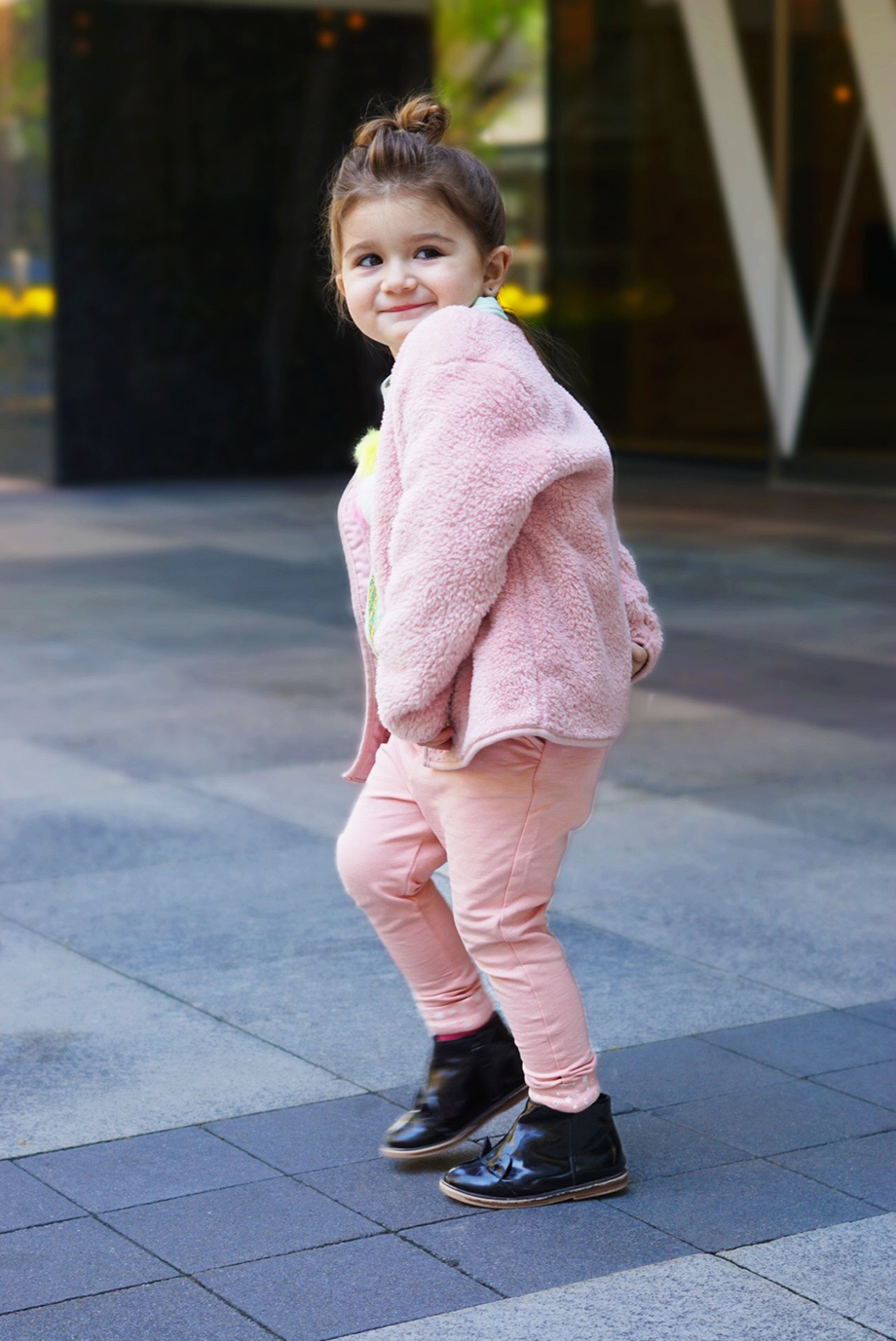 A girls ensemble that is head to toe pink.