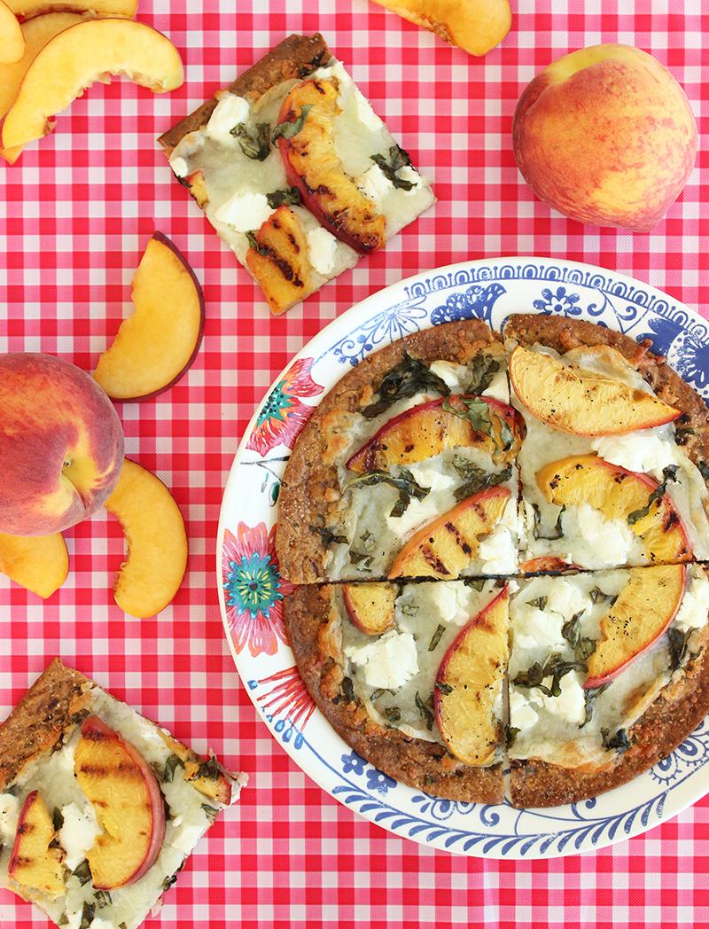 A picnic with delicious peach flatbread.