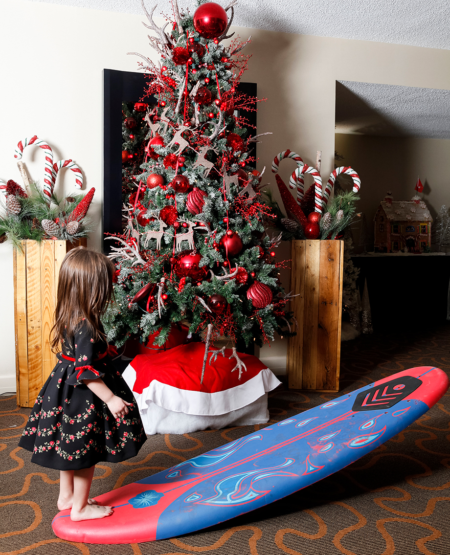 A Christmas surfboard.