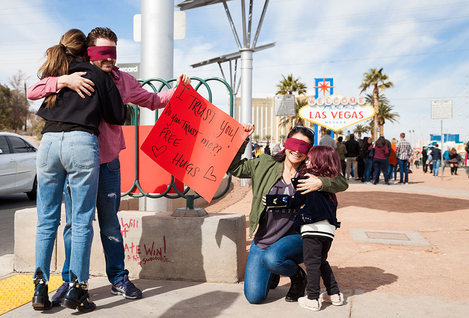 Where to get free hugs at the Las Vegas sign.