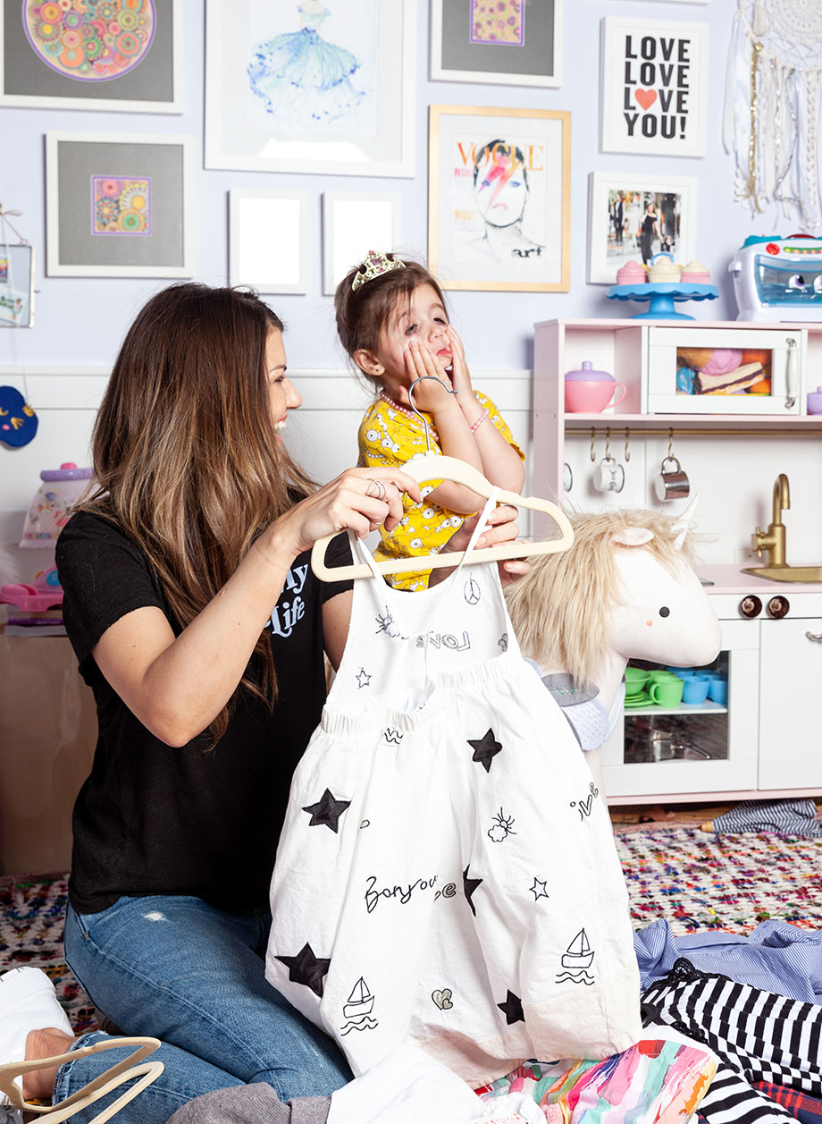 How to sell your kid's clothing on Instagram with Corri McFadden.