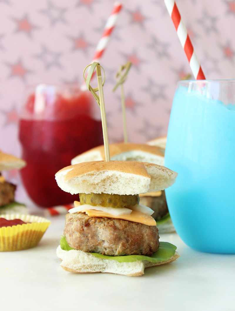 An easy recipe for mini turkey burgers and red and blue slushies.