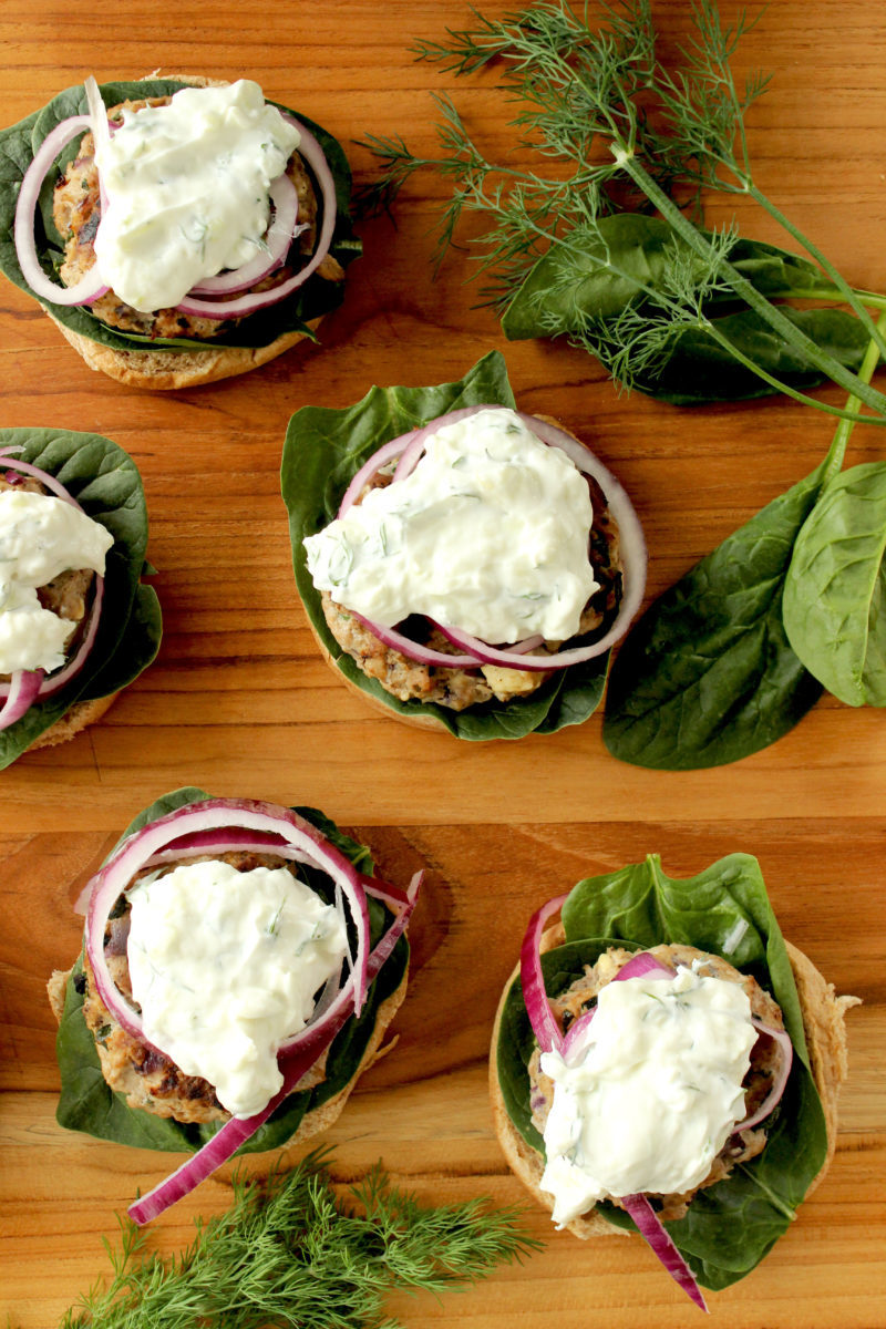 How to make Greek turkey burgers for the 4th of July on Glitter and Bubbles.