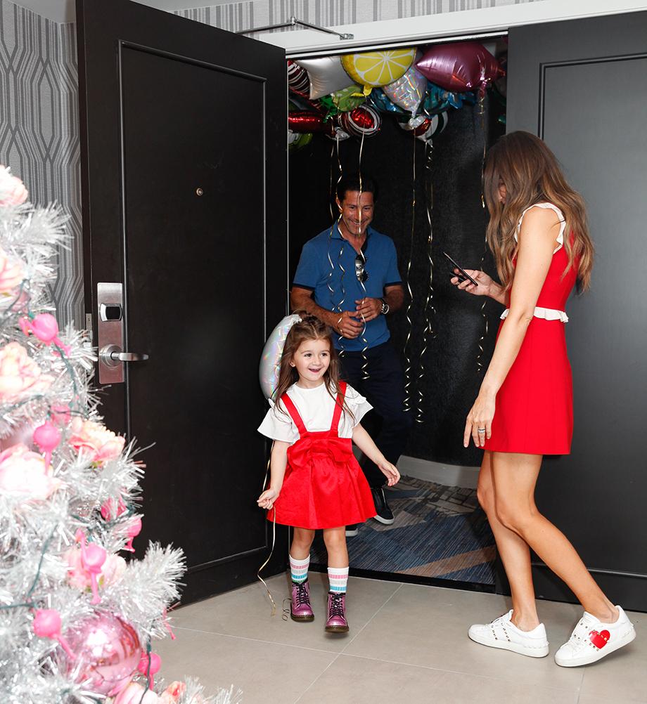 Zelda\'s 4th Birthday: Christmas in July - Glitter & Bubbles