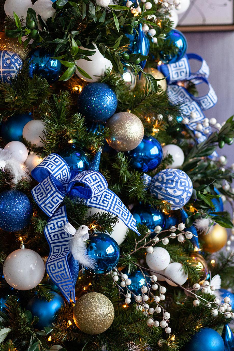 A Greek themed Christmas tree.