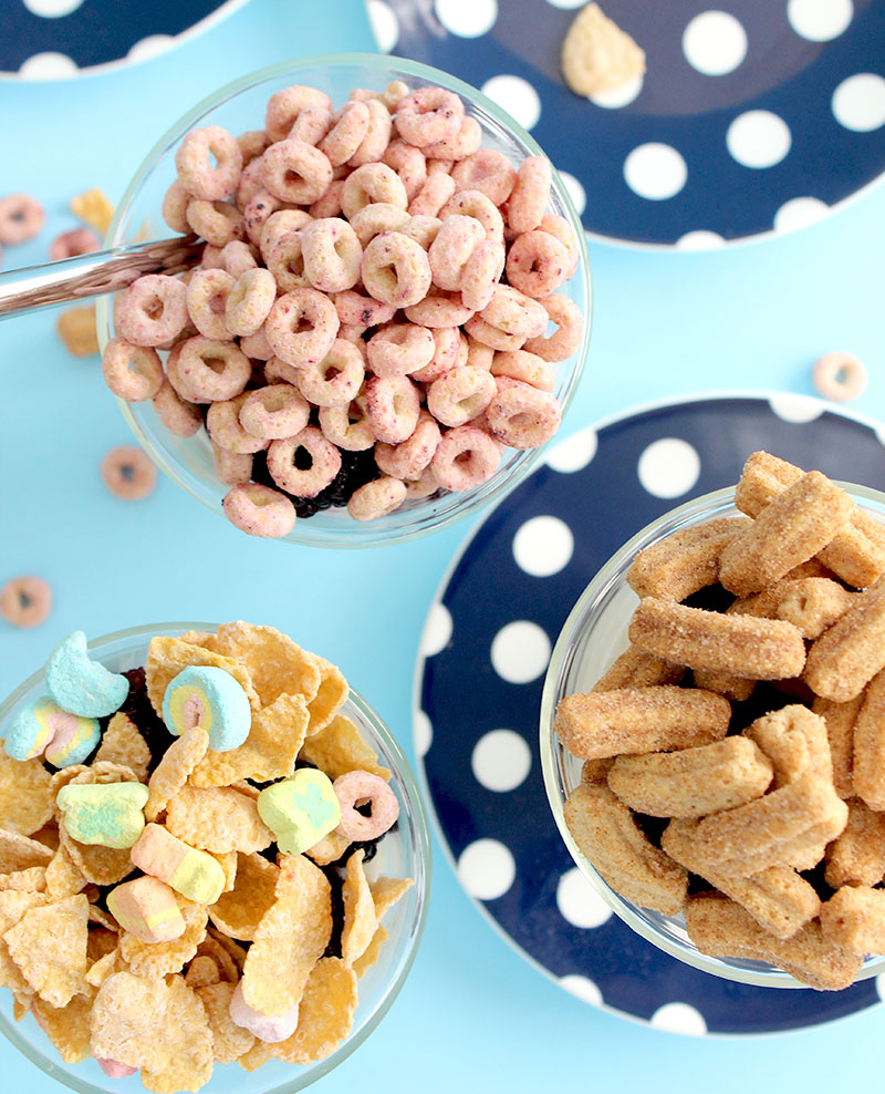 How to make cereal yogurt parfaits for breakfast on Glitter and Bubbles.