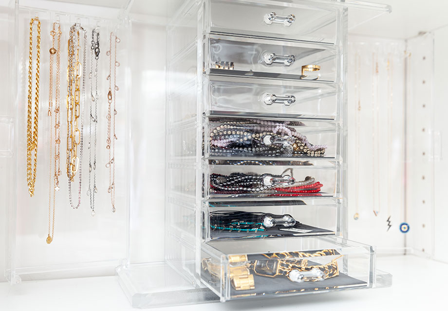 How to organize jewelry in your closet.