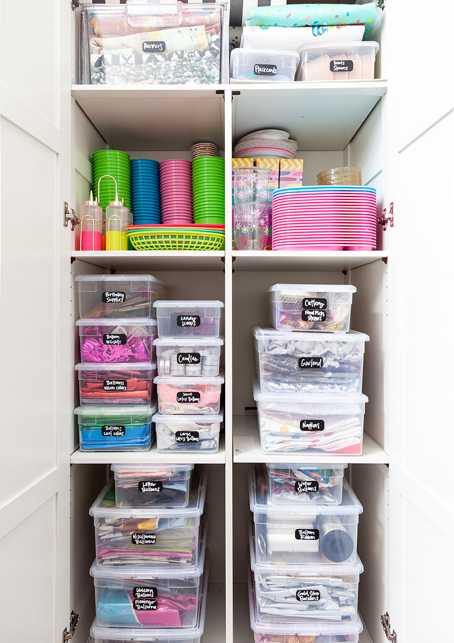 How to organize a craft storage closet with Glitter and Bubbles.