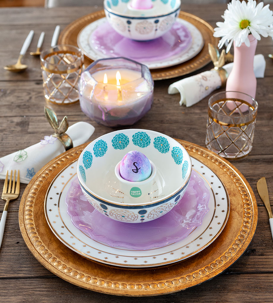 Easter table place settings.
