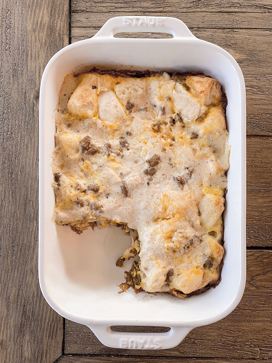 How to make sausage and biscuit casserole bake on Glitter and Bubbles.