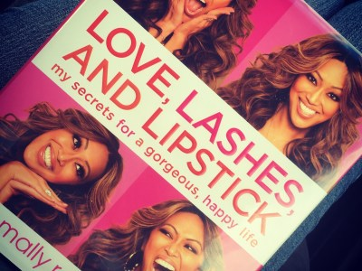 Love Lashes and Lipstick Mally Roncal