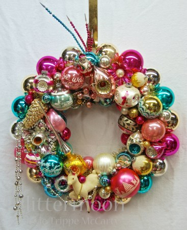 CHRISTMAS CONFECTION Wreath by Glittermoon Vintage Christmas