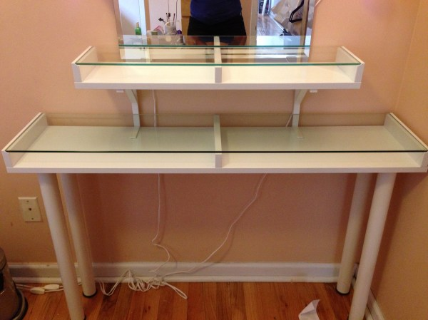 Vanity Makeup Table with Glass Top