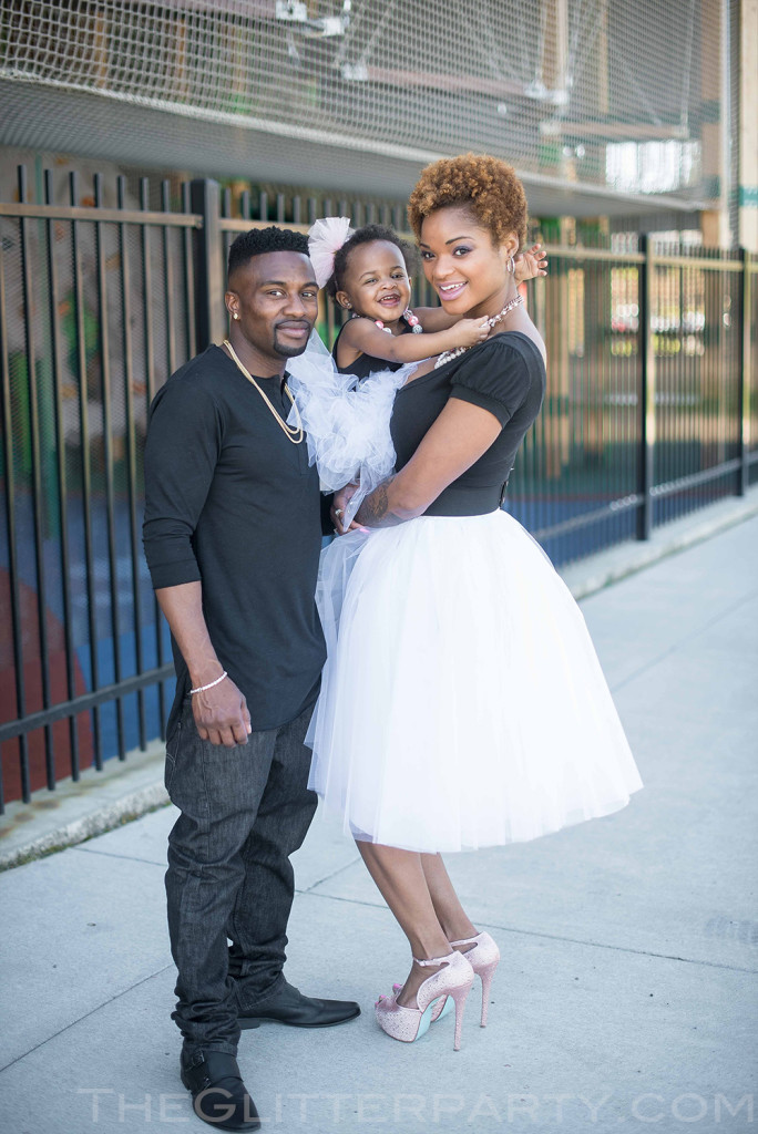 white tulle skirt-mommy fashion inspiration