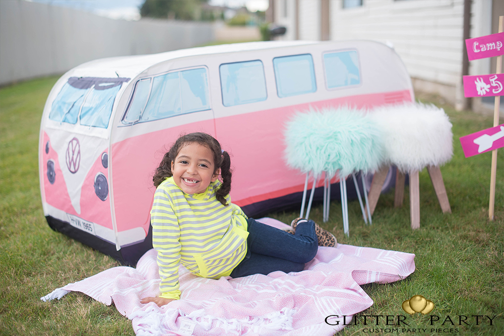 girly camping themed party theglitterparty.com