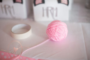 diy kitty party yarn centerpiece