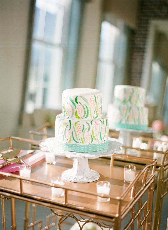 Watercolor cake mint green