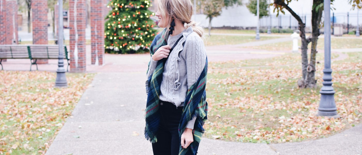 RUFFLED CABLE KNIT SWEATER