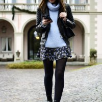 20 Stylish Ways to Style Black Tights for Perfect Winter Outfit - Style Motivation