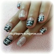 chanel glitzy fingers