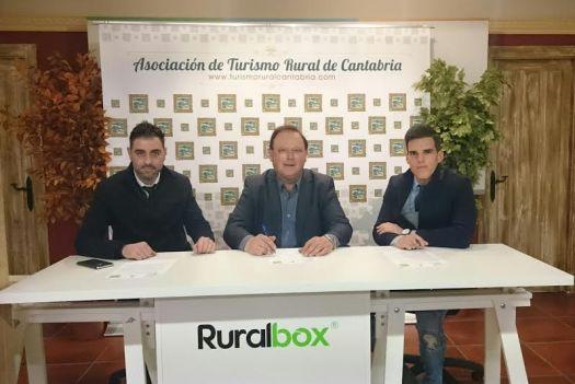 Firma-convenio-Globa-Turismo-Rural