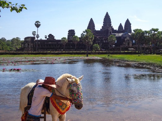 angkor wat is the amazing highlight and why I love cambodia