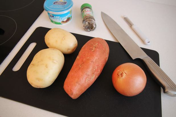 Simple ingredients for a tasty hostel meal