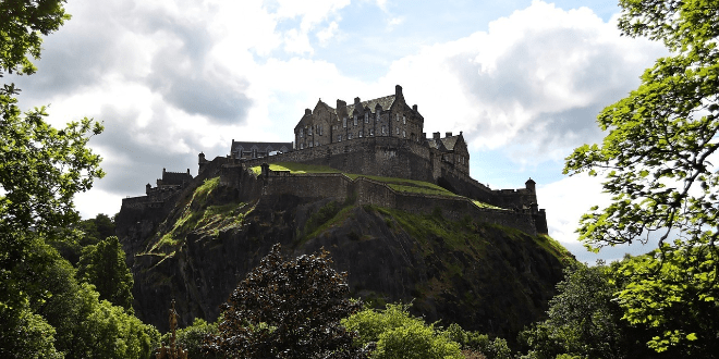 15 Things You Need to Know Before You Go to the Edinburgh Fringe Festival