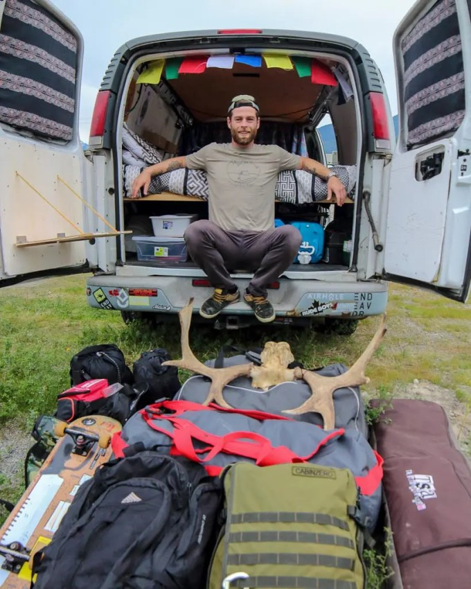guide to van life and road trips