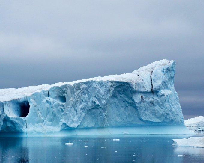 sea kayaking with icebergs