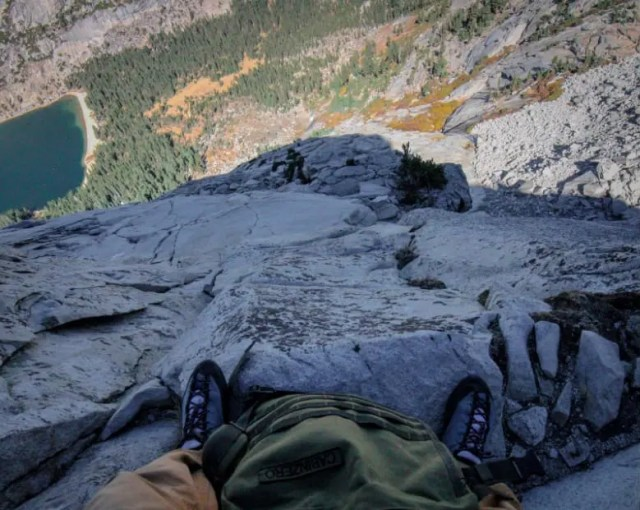free solo rock climbing high sierra