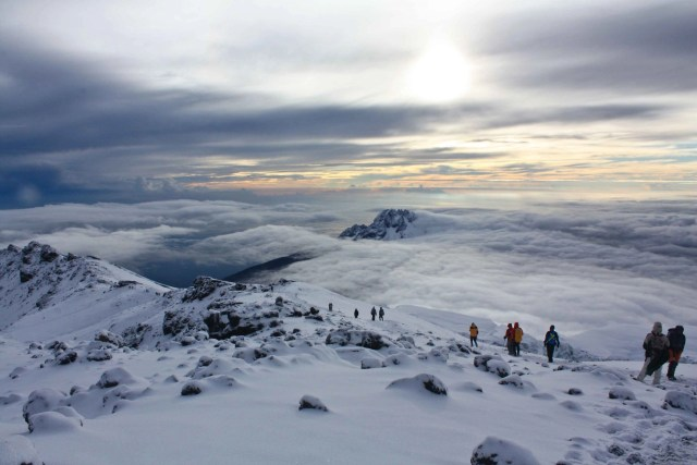 how to pack for kilimanjaro hike