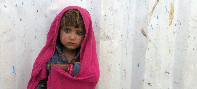 Diez millones de niños necesitan ayuda humanitaria para sobrevivir en Afganistán.