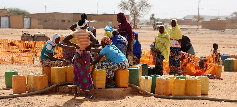 Deux Burkinabés distingués par le HCR sont fiers d'avoir pu aider des personnes déplacées dans le besoin