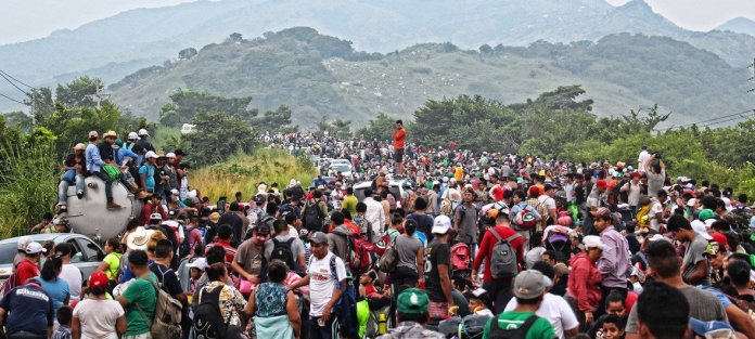 Migrant caravan: UN agency helping 'exhausted' people home | | UN News