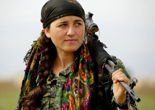 A Kurdish YPG fighter
