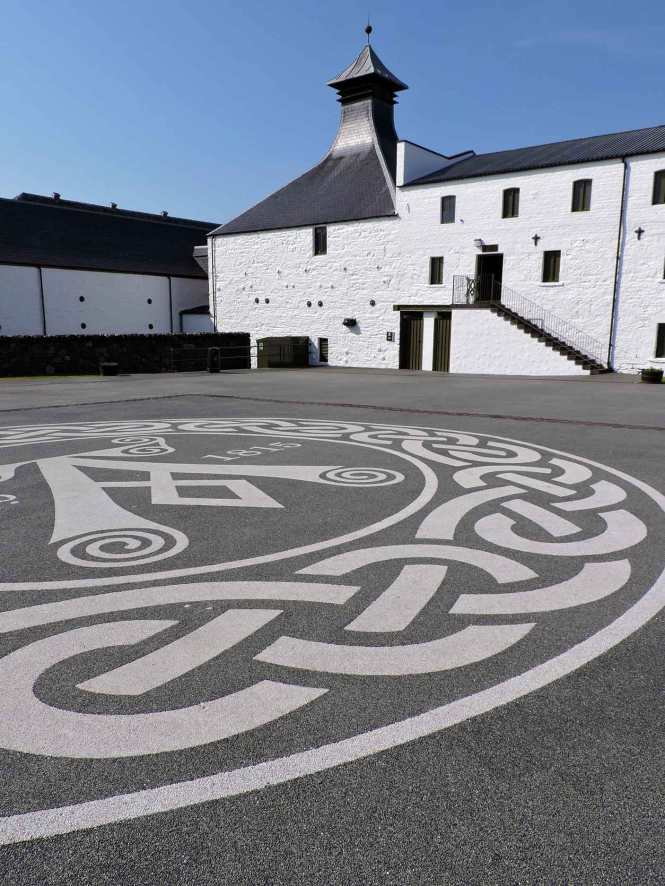 ardbeg distillery in islay scotland
