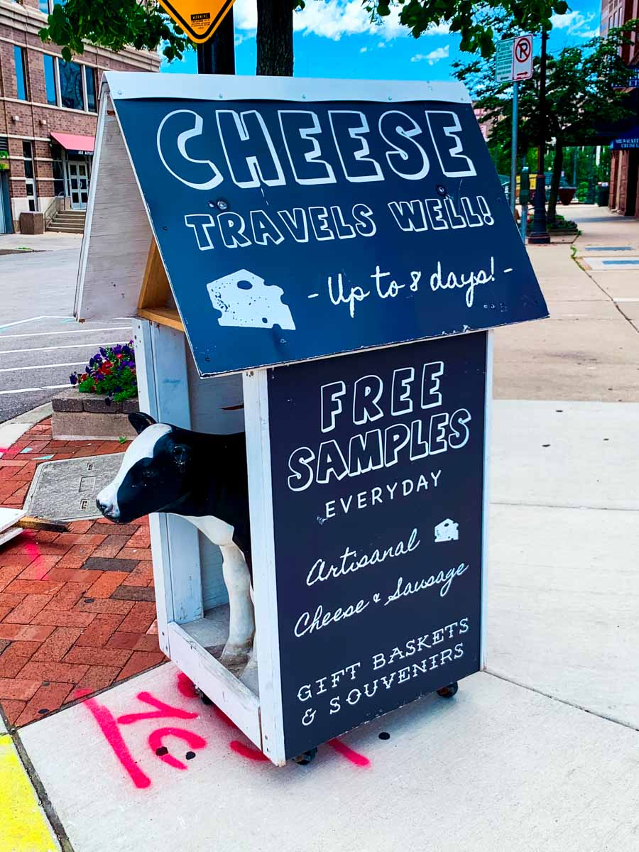 Cheese advertising in Milwaukee